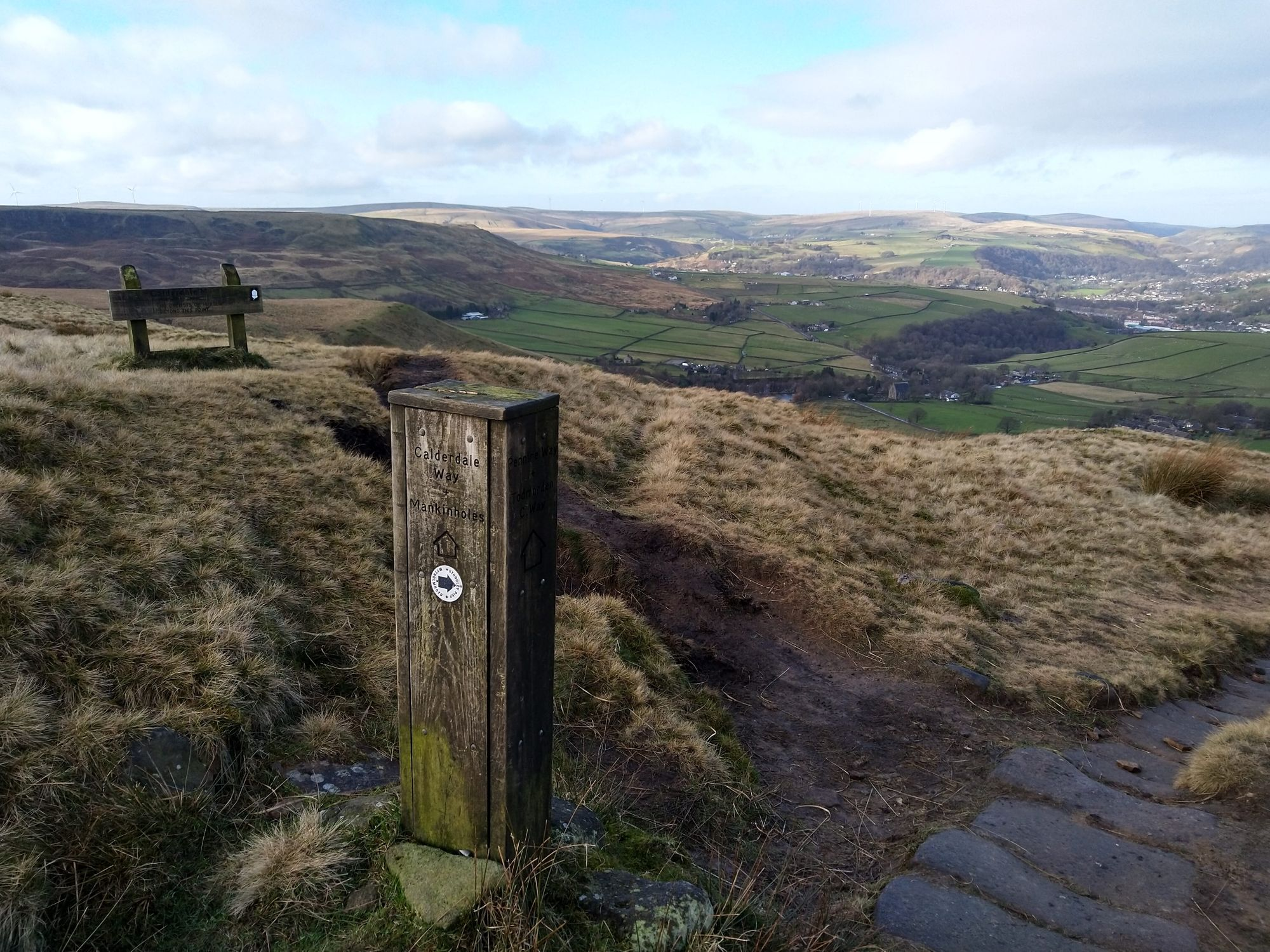 Marker post at the crossing of Pennine Way and Calderdale Way